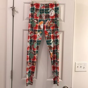 Pants - Adorable new without tags Christmas leggings